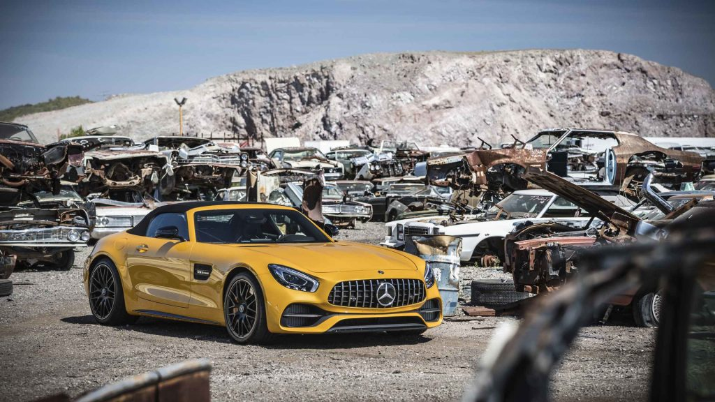 2017-mercedes-amg-gt-c-roadster-first-drive yellow sarı sağ yan