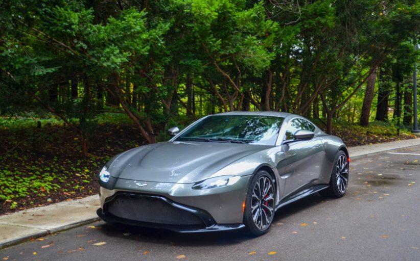 Aston Martin Vantage Jaguar Motorunu Geride Bırakıyor