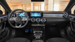 2019-mercedes-benz-a-class-sedan iç tasarım