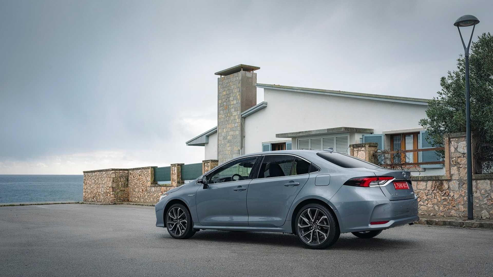 Yeni 2019 Toyota Corolla Sedan Hybrid
