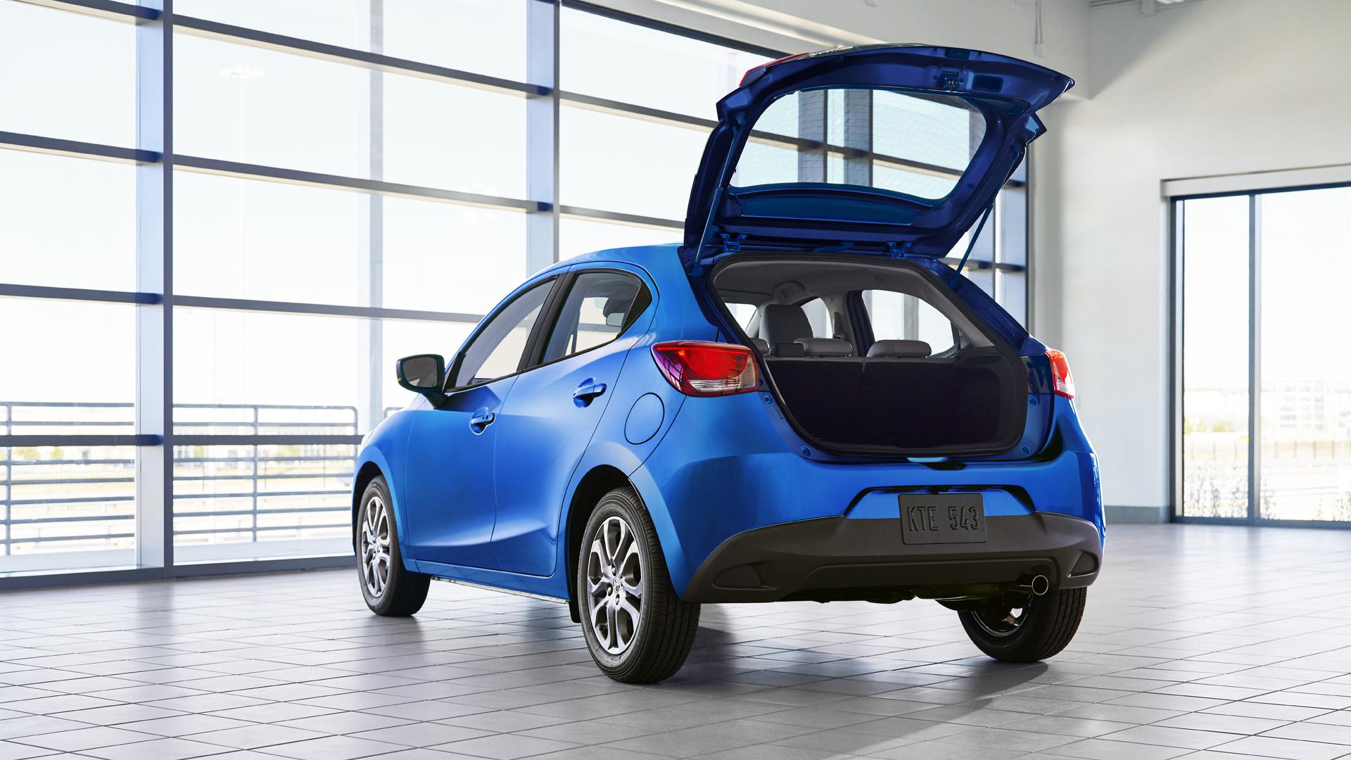 2020 toyota yaris hatchback bagaj