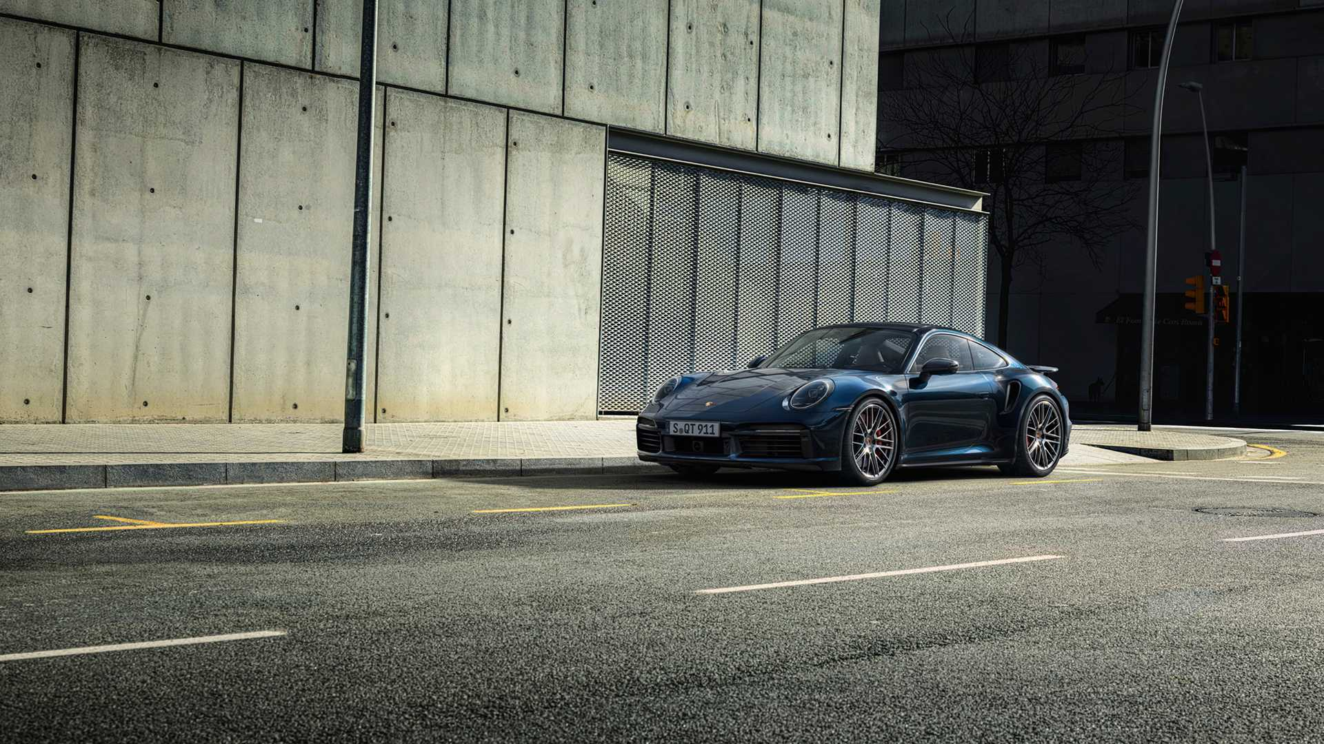 2021-porsche-911-turbo-coupe-3