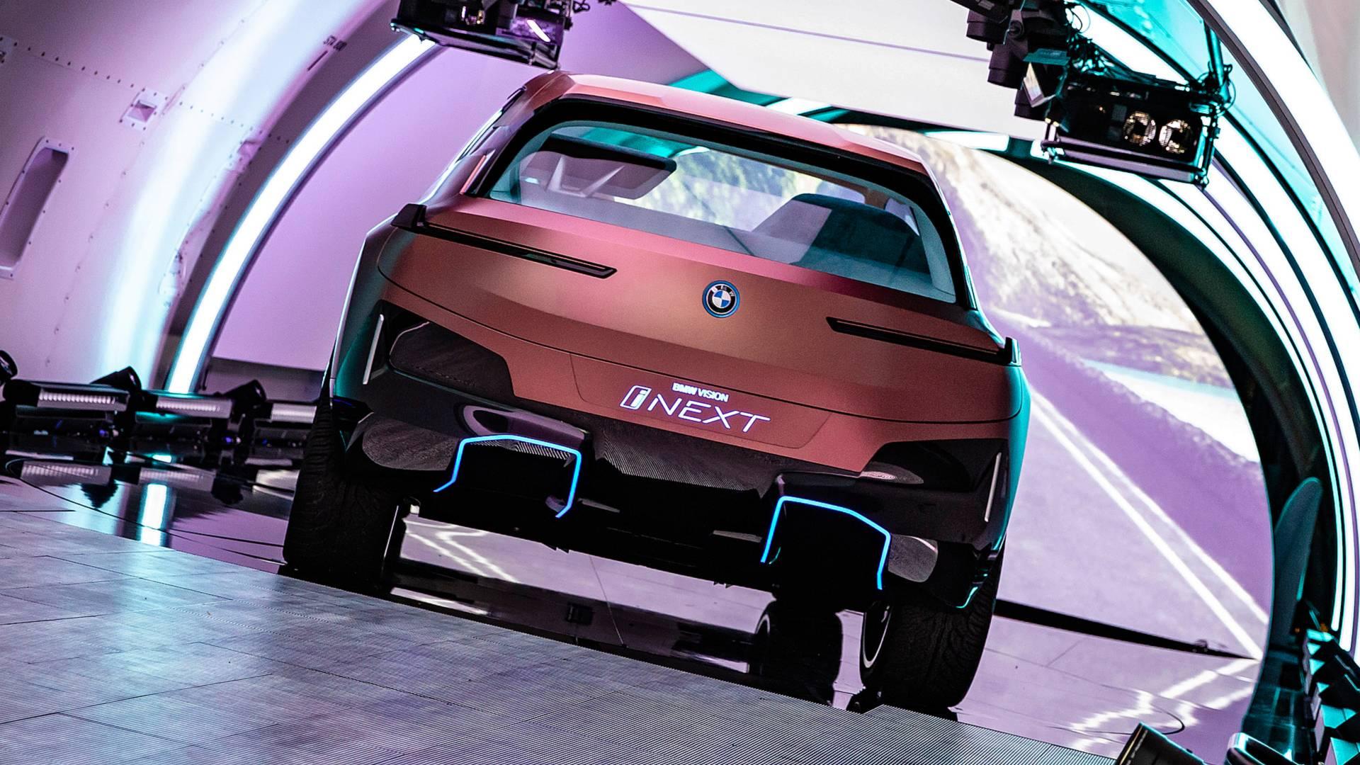 BMW iNext'in üretim versiyonu konsepte uyacak