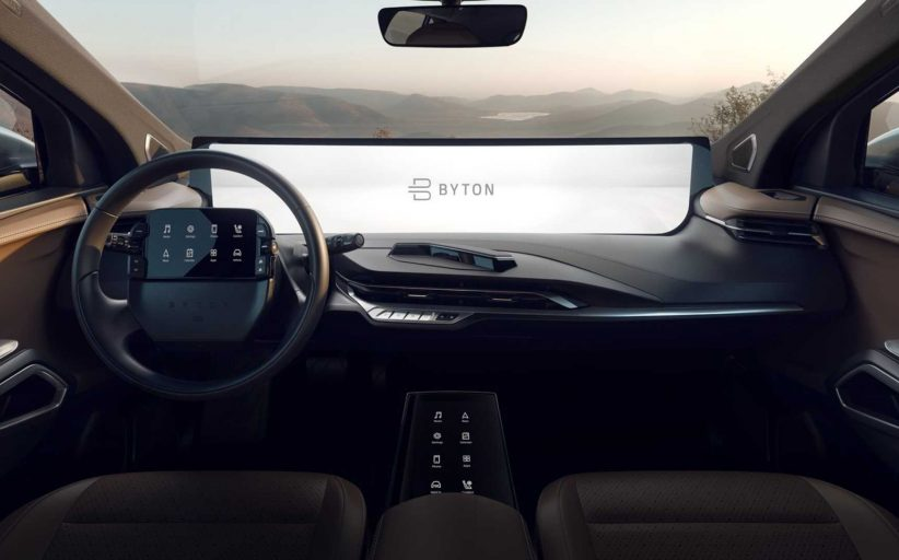 Byton M-Byte'ın bilgi eğlence ekranına 7 iPad sığıyor