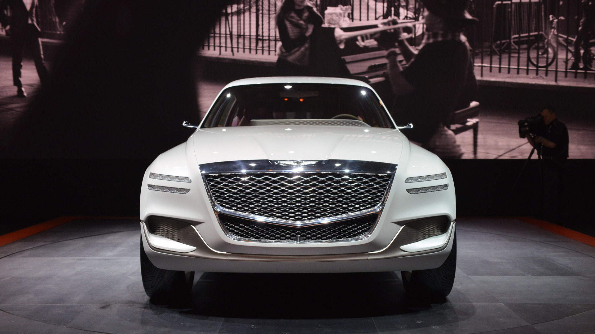 genesis-gv80-plug-in-fuel-cell-concept-new-york-2017 (2)