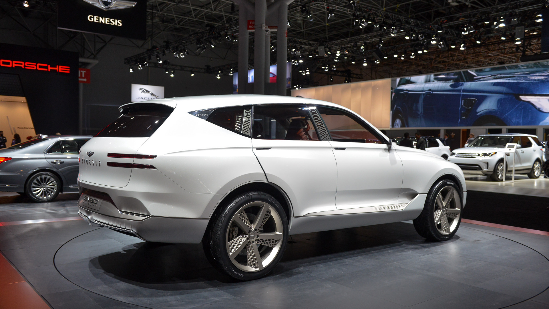 genesis-gv80-plug-in-fuel-cell-concept-new-york-2017 (5)