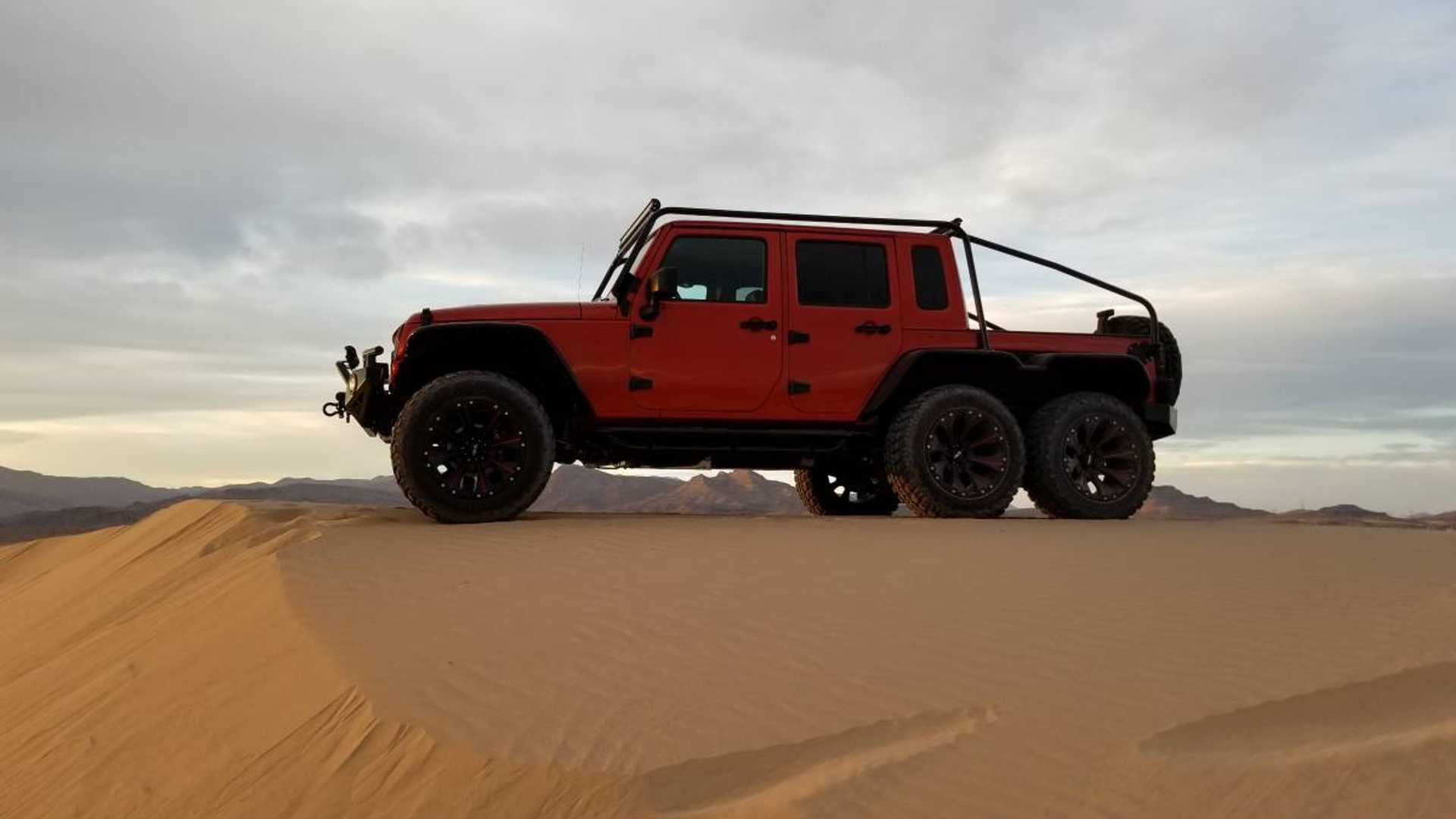 Hellcat motorlu Jeep Wrangler 6x6
