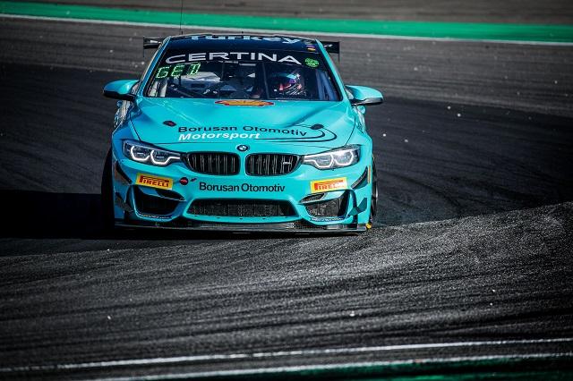 Nürburgring'ten kupayla döndü